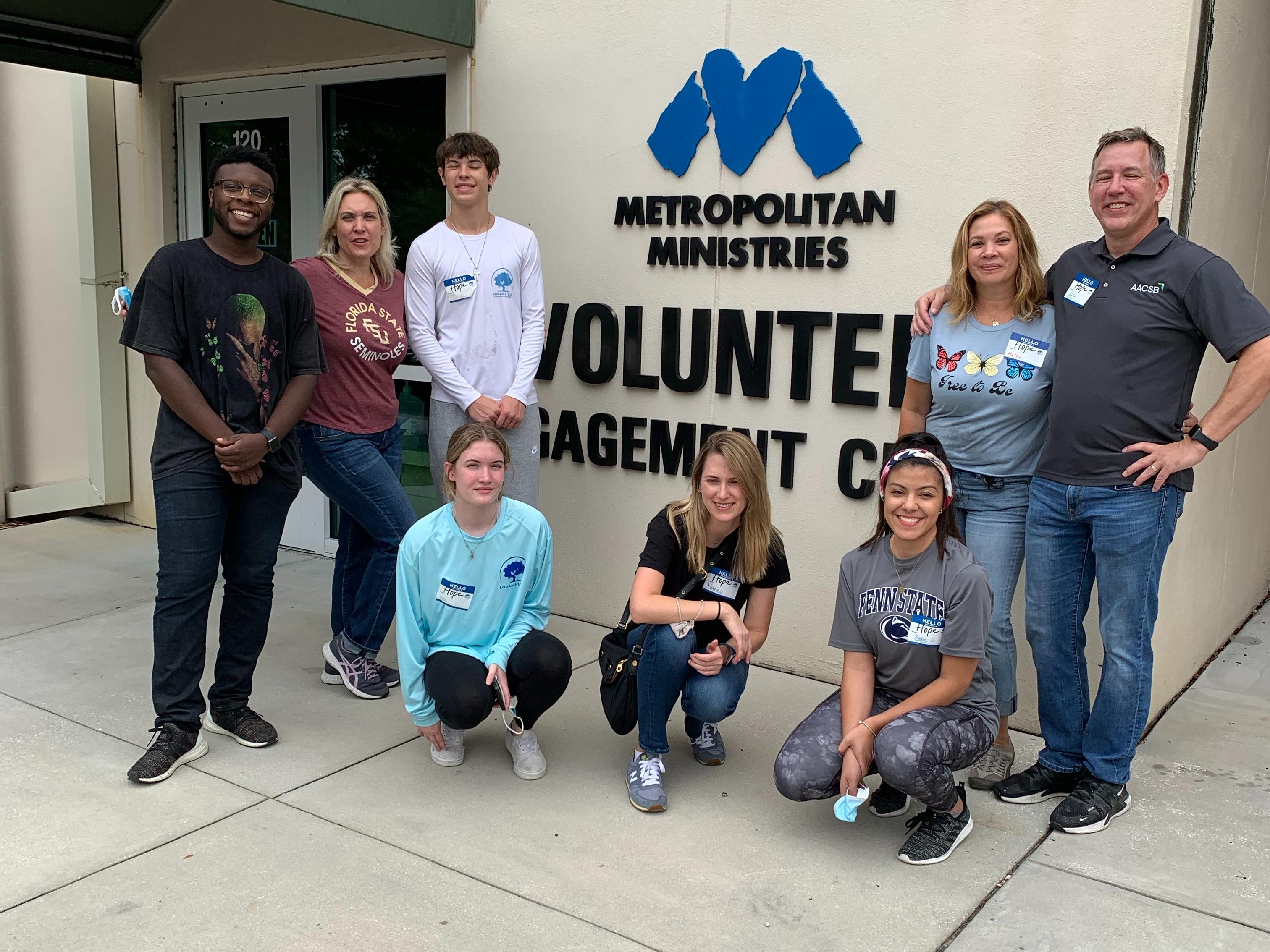 Volunteering at Metropolitan Ministries